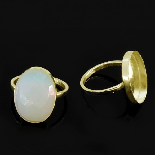 18x13mm Oval Bezel on Ring, , Gold Filled. Choose your size.
