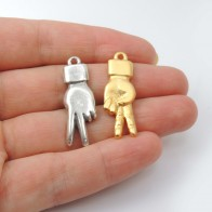 30mm Hand Victory Peace Charm Pendant