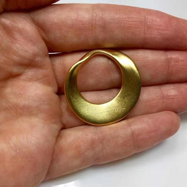 33mm Asymmetric Large Hoop