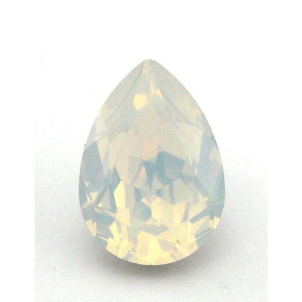 14x10mm 4320 Swarovski Pear White Opal