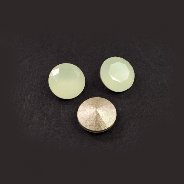 Round 47SS Chrysolite Opal Czech Crystals SS47