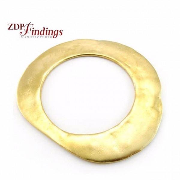 95x85mm Round Pendant, Matte Gold Plated