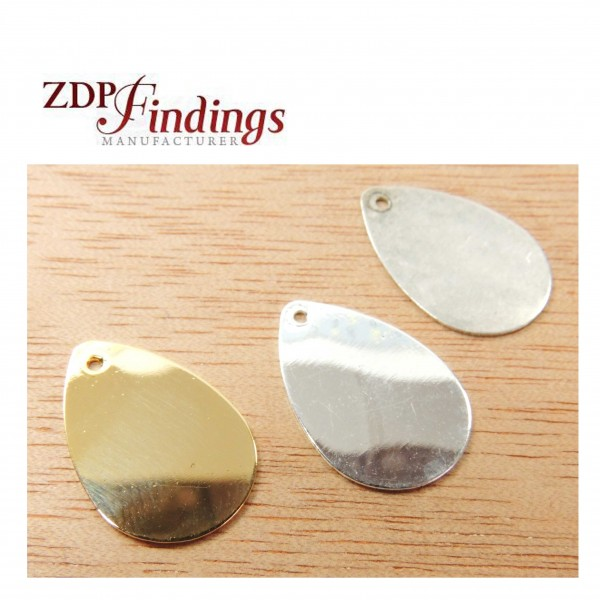 Pear Shape 18mm Plain Disc Charm Pendant
