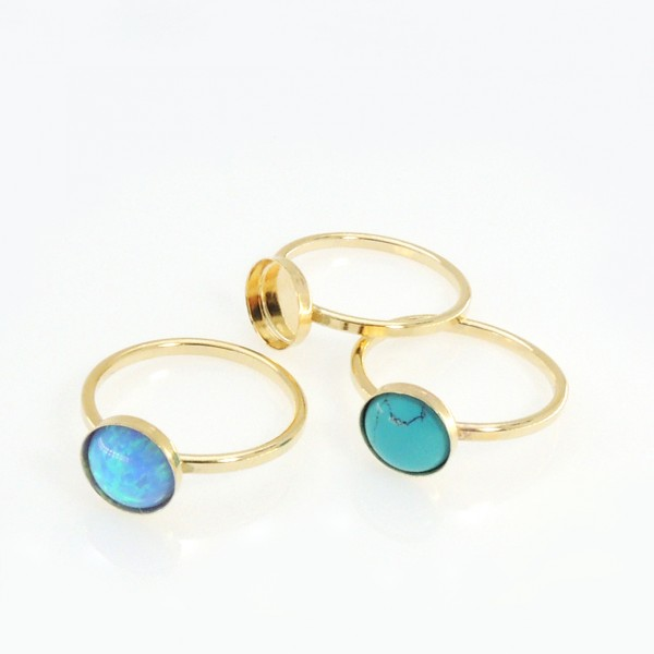8mm Round Bezel on Ring,  Gold Filled. Choose your size.